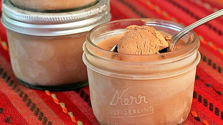 3 Step Mason Jar Ice Cream Recipe