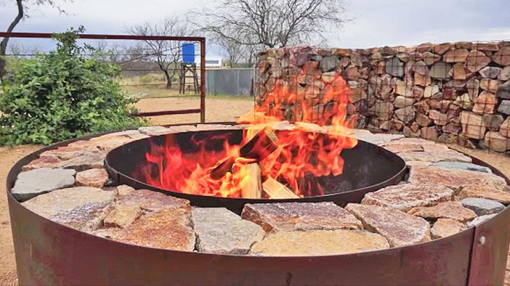 Make A Backyard Fire Pit For Under 100 Diy Ways