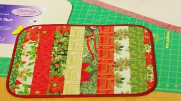 Sewing Tutorial : Holiday Placemats