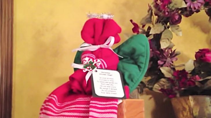 Learn this DIY Christmas Kitchen Angel made from and old dish towel
