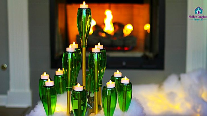 Learn to make a DIY Bottle Christmas tree from glass water bottles