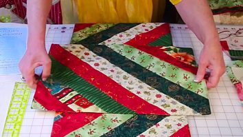 Learn to make this quick easy quilted jellyroll table runner and placemat