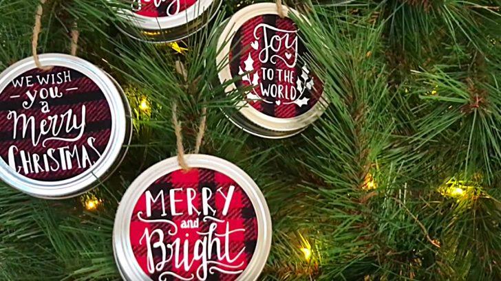 DIY Christmas Ornament Ideas - How to Make Mason Jar lid ornament with a Cricut Machine