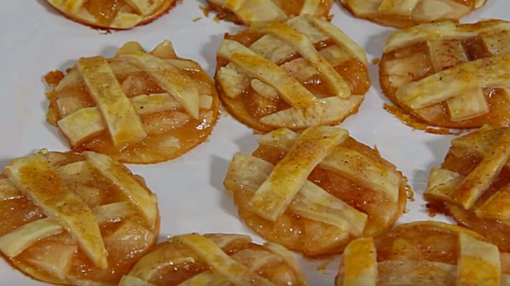 Learn to make these quick easy Caramel Apple Pie Cookies Recipe
