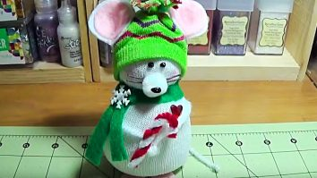 Learn to make this DIY Sock Christmas Mouse