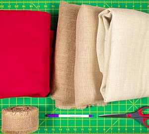 Make a cheap easy burlap tree skirt