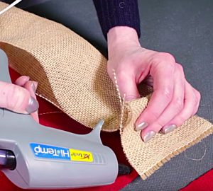 Learn to make a DIY burlap Tree skirt this Christmas