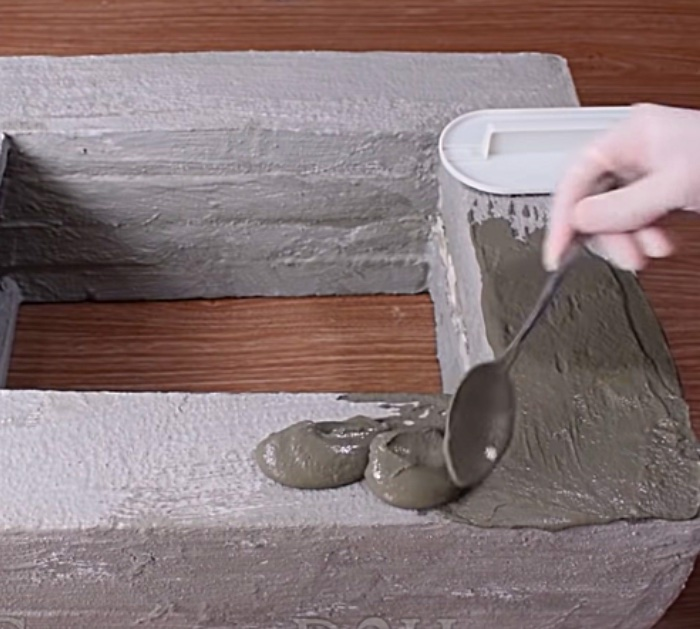 Learn to make a DIY Cement Fountain