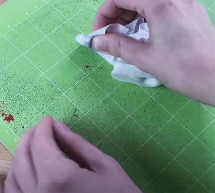 How To Clean And Restick Cricut Mats | DIY Hacks - DIY Ways