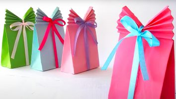 DIY Paper Gift Bag | DIY Crafts