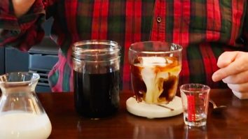 How to Make Cold Brew In A Mason Jar | Cold Brew Recipes