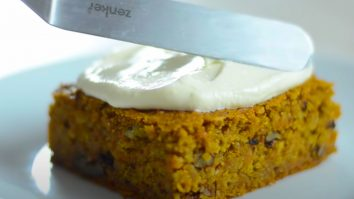 How To Cook A Carrot Cake Using All Healthy Ingredients