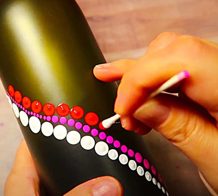 Use A Q-Tip To Paint a Rainbow Dot Bottle