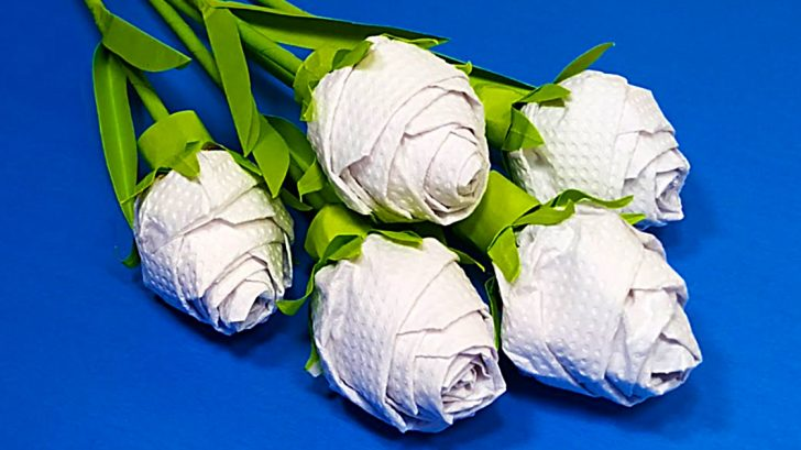 How To Make Roses From Paper Towels